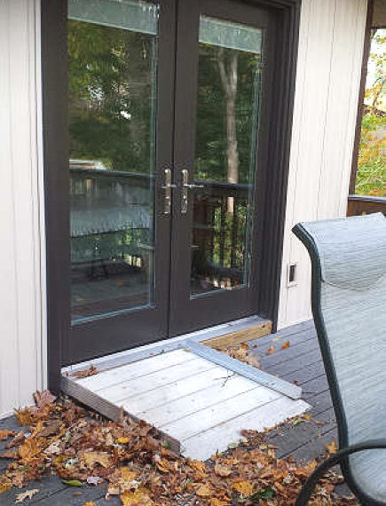Porch threshold ramp